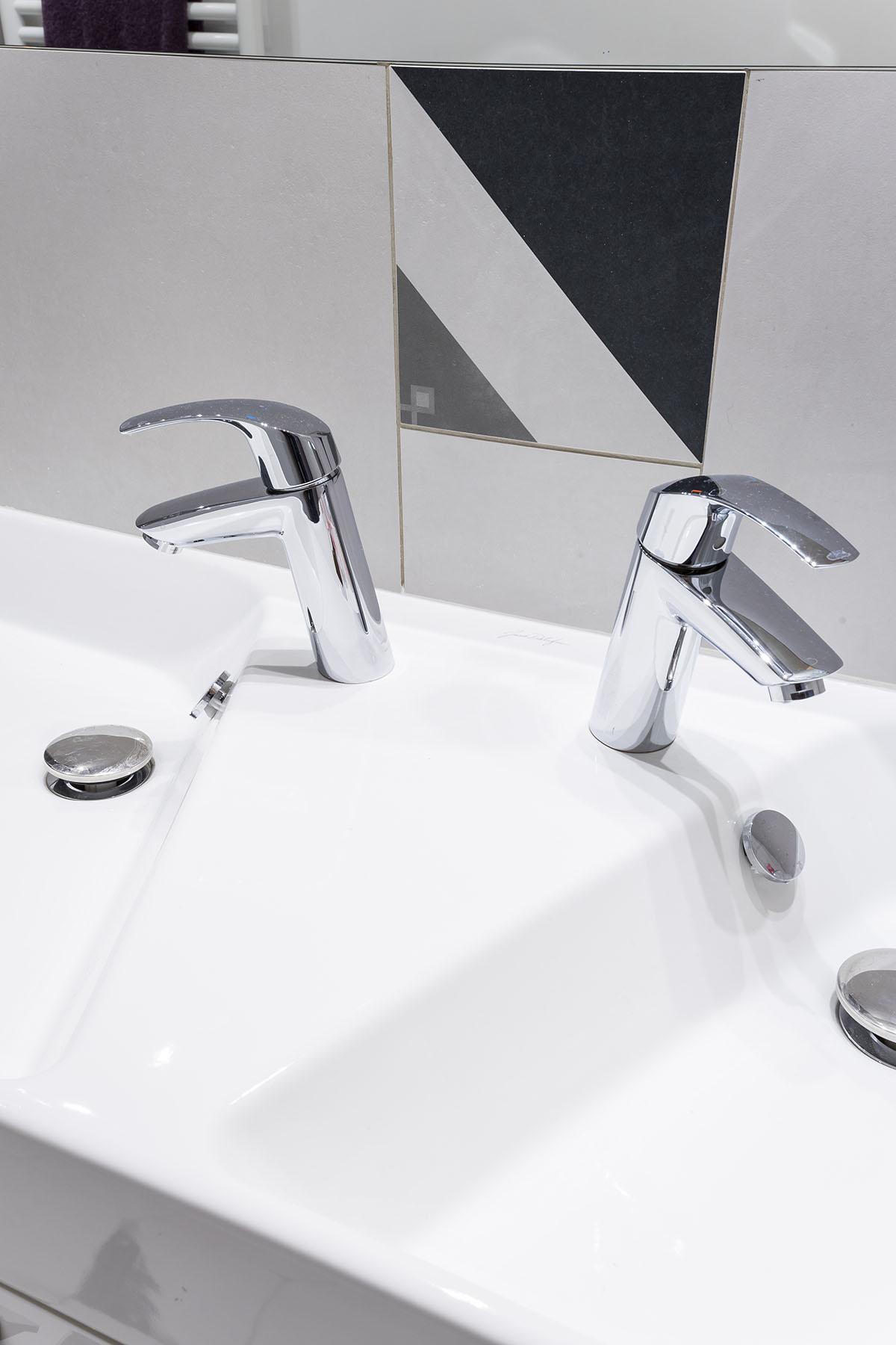 INDUSTRIEL MONT salle de bain détail
