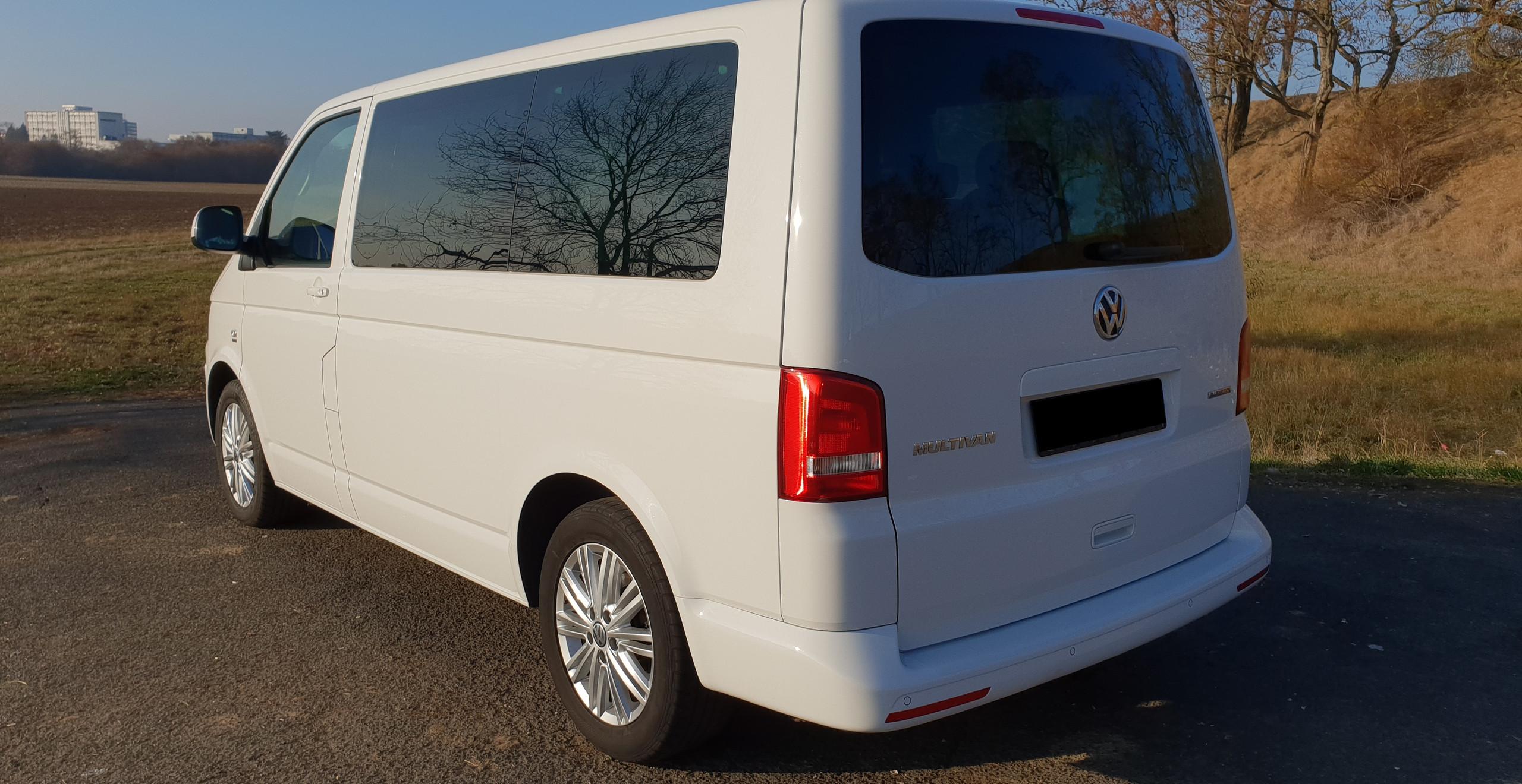 Import Auto Allemagne - Auto Convoi Allemagne - Volkswagen T5 Multivan Startline Bluemotion 2.0 TDI 140ch