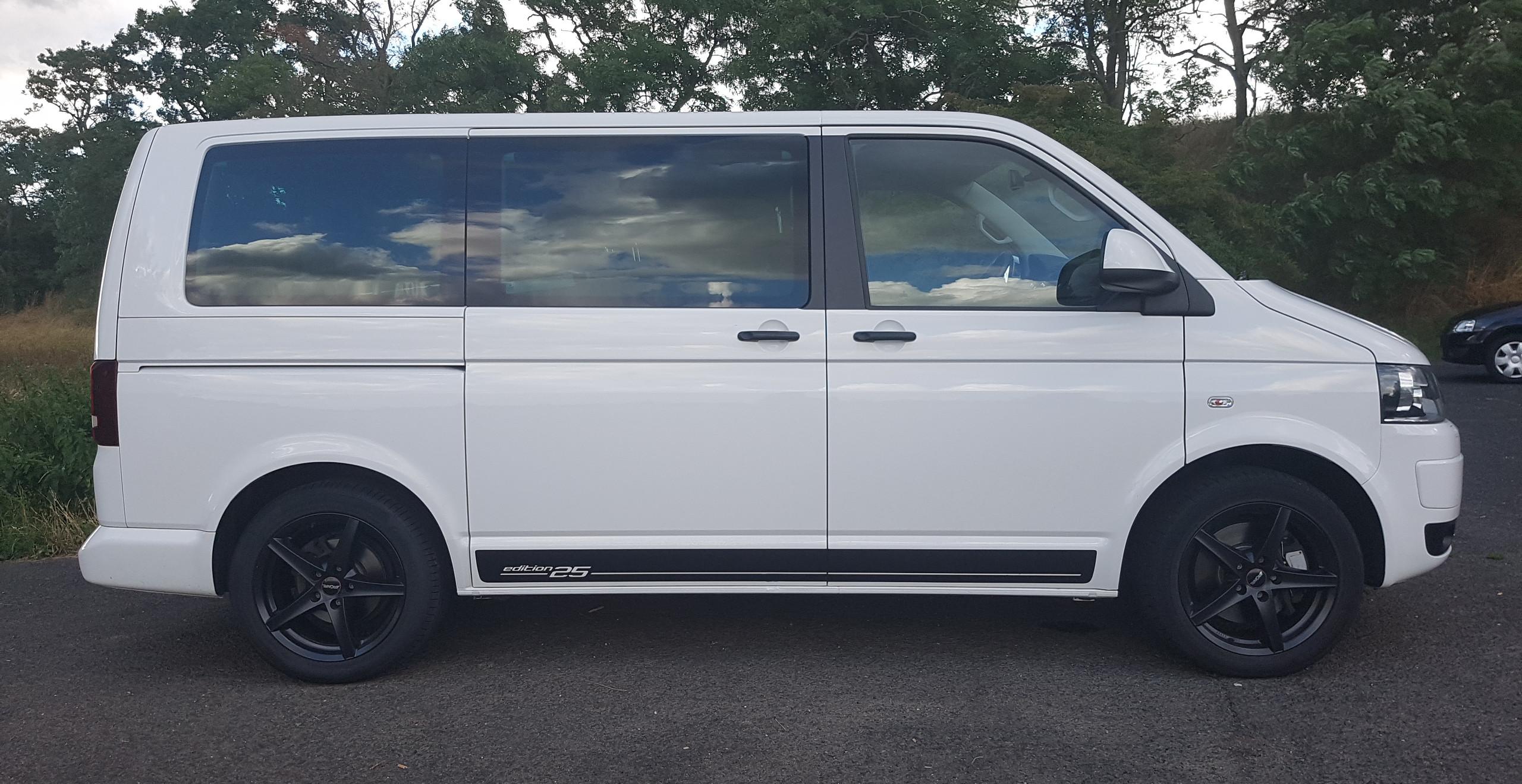 Import Auto Allemagne - Auto Convoi Allemagne - Volkswagen T5 Multivan Edition 25 2.0 TDI 179ch