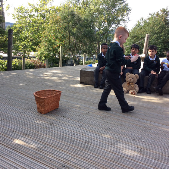 Year 1 go on a picnic!