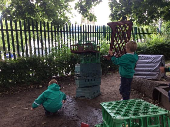 KS1 bubble visit the secret garden