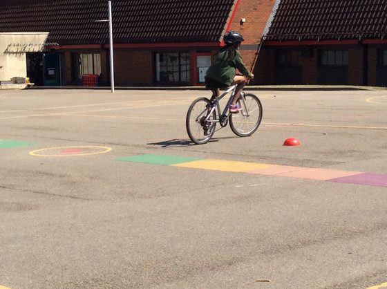 Y6 go to the Bike Track!