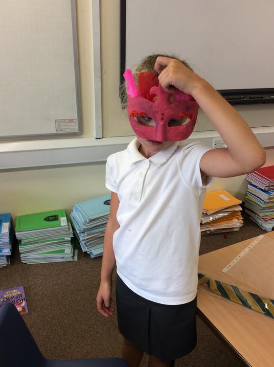 Y4 make masks!