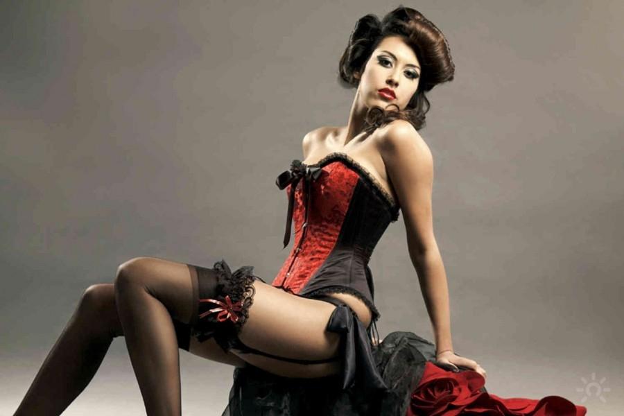 cours-cabaret-burlesque-evjf-budapes