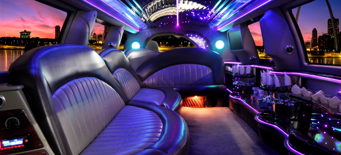 limousine-strip-show-evg-prague