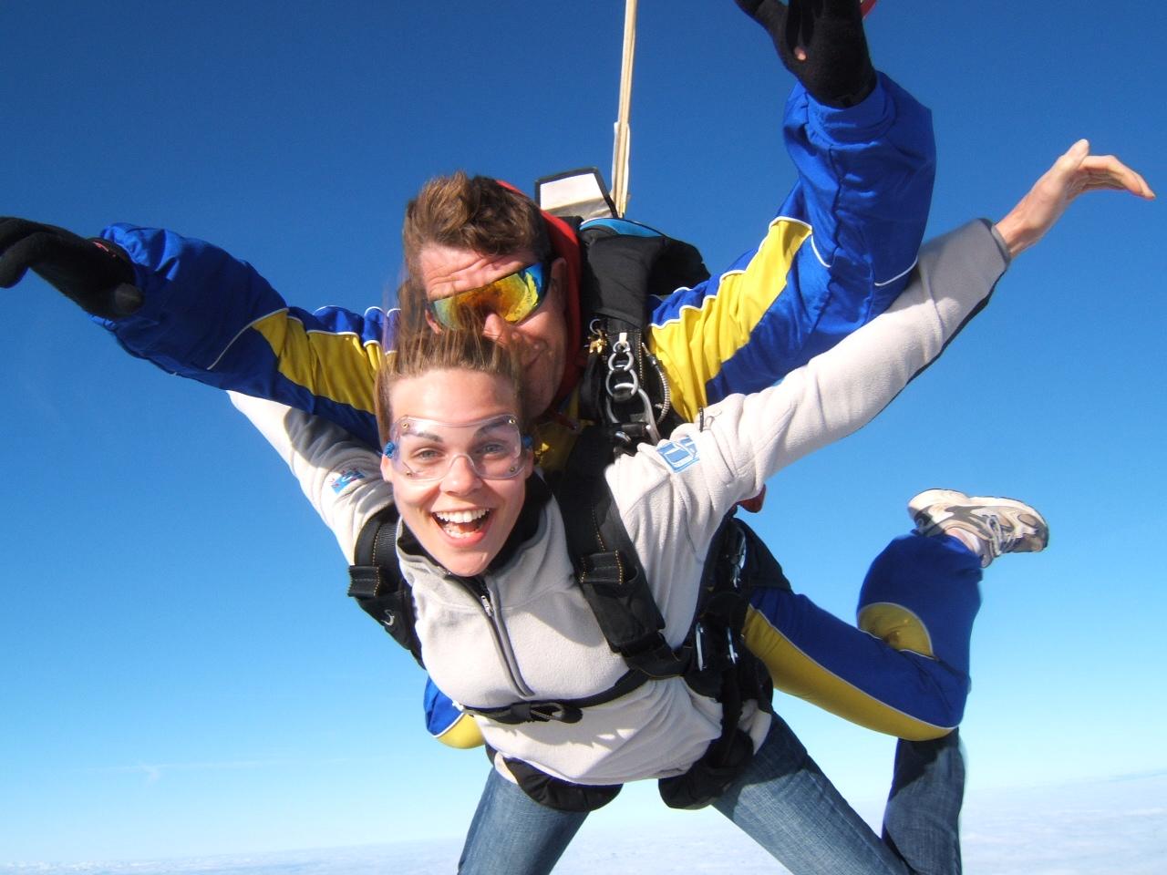 saut-parachute-evjf-budapest