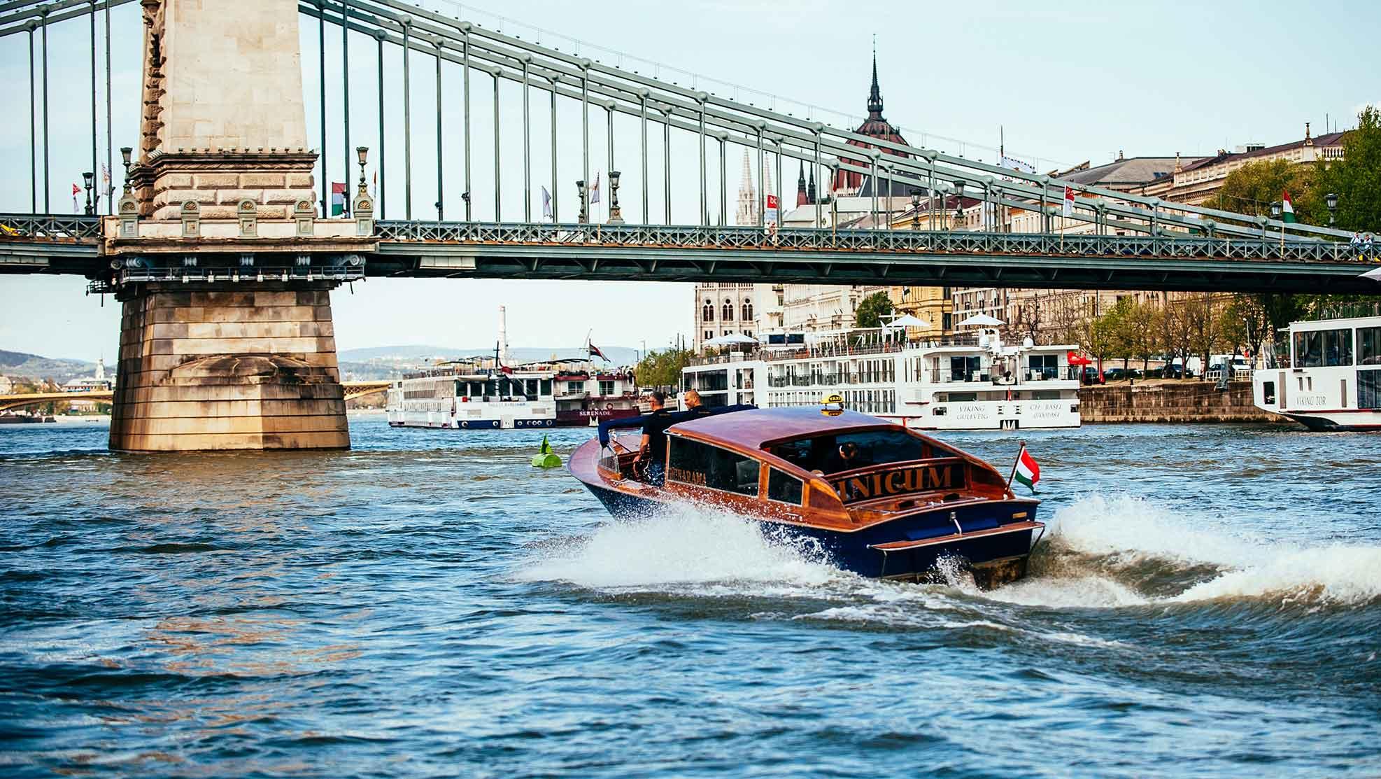 Croisière Speed Boat Danube