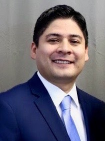 Sergio Araiza, Accountant