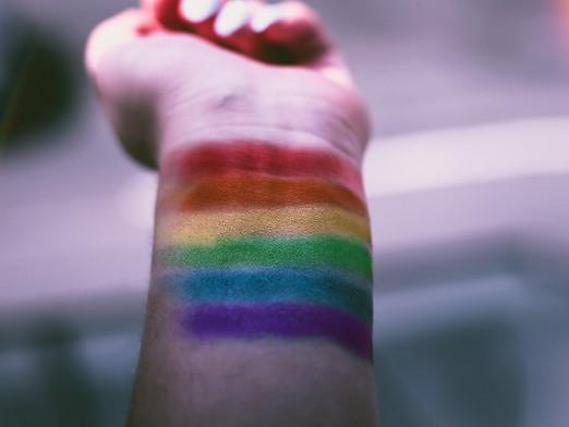 ¿Por qué junio es el mes del orgullo LGBT+?
