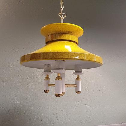 retro gul metall taklampe