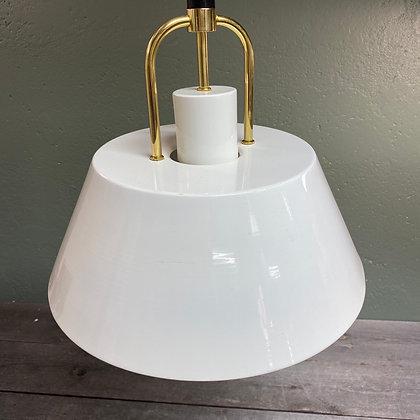 Kjøkkenlampe med nedtrekksfunksjon