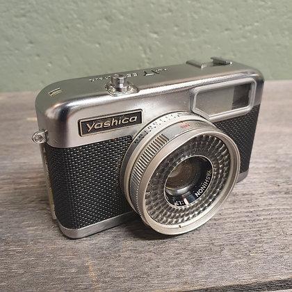Yashica half 17 EE Rapid kamera