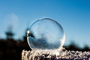 frozen-bubble-1943224_1920.jpg