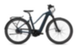 FLYER_E-Bikes_Upstreet4_783_Mixed_SpaceB