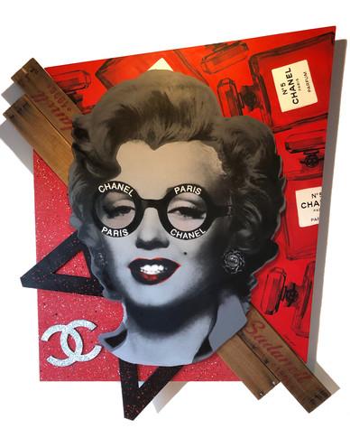 Marilyn Chanel (Chanel No. 5)