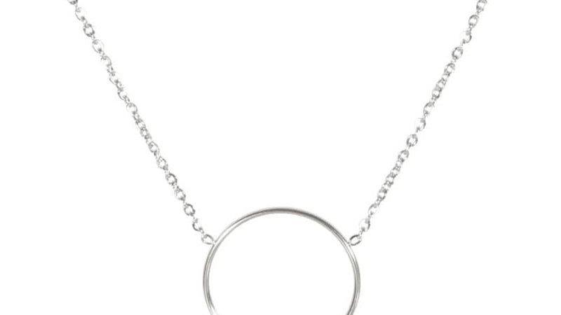Collier avec pendentif cercle et pampilles en acier argenté