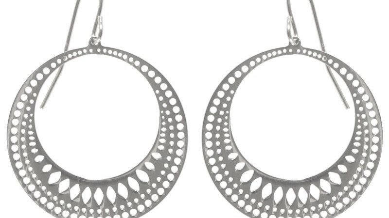 Boucles d'oreilles pendantes cercle de lumière argenté