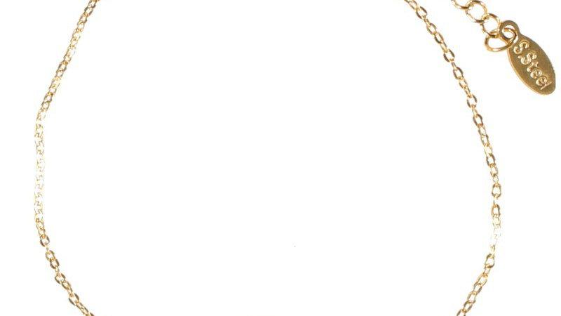 """Bracelet chaine """"Médaille étoile pierre rouge""""doré"""