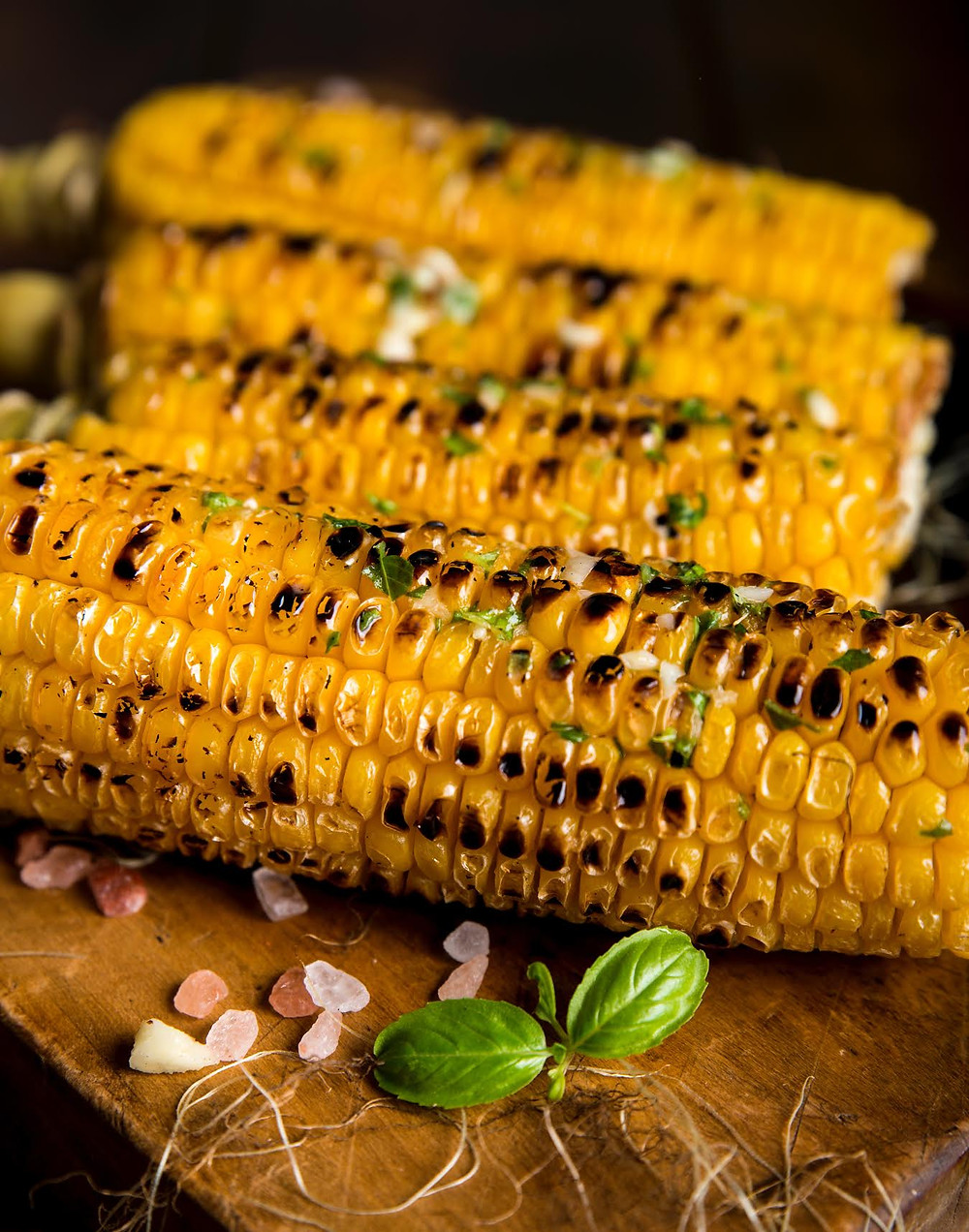 Corn that has been grilled.