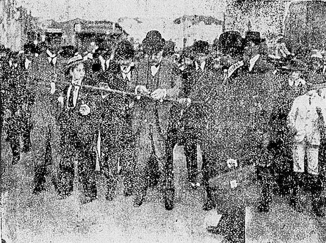 Prefeito Raimundo Duprat inaugurando o Viaduto Santa Ifigênia