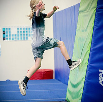 boys parkour classes, shields gymnastics