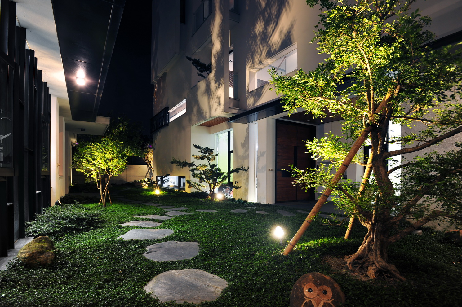 LC House E-01