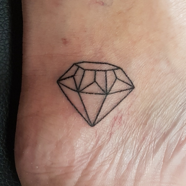 Hand Poked - Diamond outline