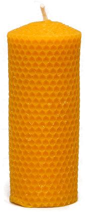 100% Bienenwachskerze  -  Bienenwabe gegossen  - Höhe 13,8 - ca. 5  cm Ø