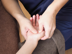 hand massage1.jpeg