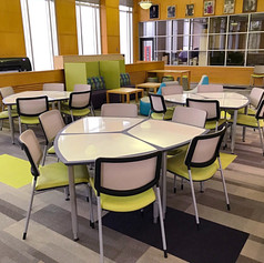 Collaborative Table & Chairs