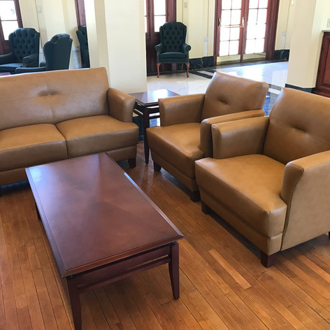 Entry Lounge Seating