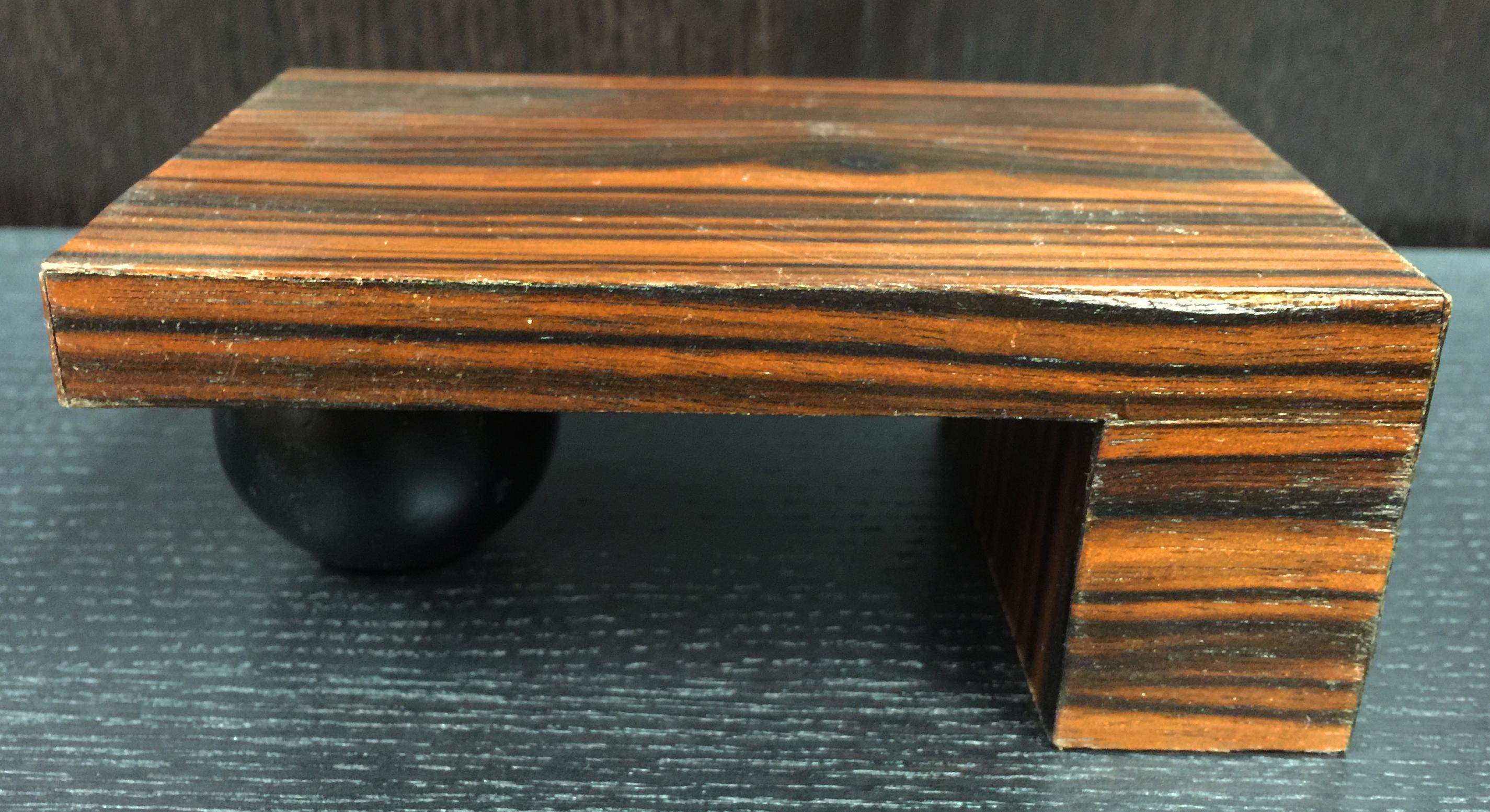 Concept Model Desk