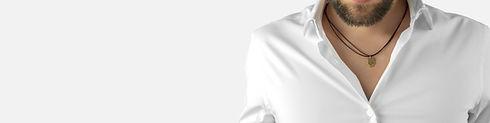 Collar de Iron Man hecho en plata de ley y bañado en oro de 18 quilates para hombre