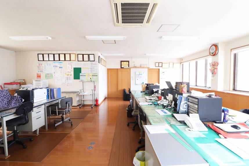 事務所4.jpg