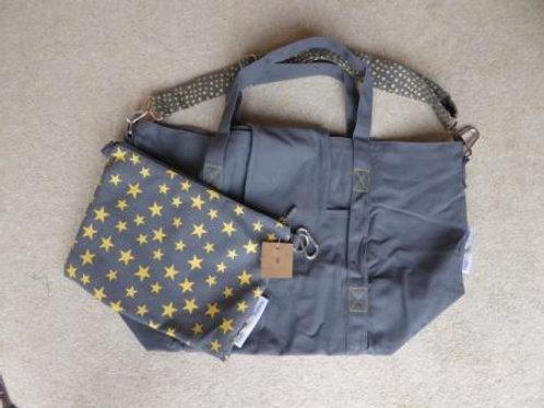 stitching fault (8) - grey / yellow
