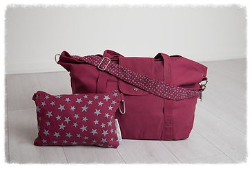 big bag, maroon, perfect for beach bag / weekend bag / gym bag / baby bag / change bag, folds away to fit into great smaller pouch bag