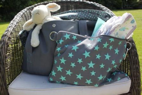 Big bag in grey and turquoise, great as a large change bag/baby bag with the included small star print bag great for nappies!