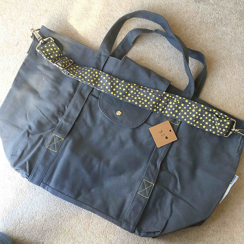 stitching fault (31a) - grey/yellow (no pouch bag)