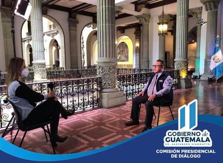 El Comisionado Presidencial de Diálogo Lic. Andrés Rodolfo S.
