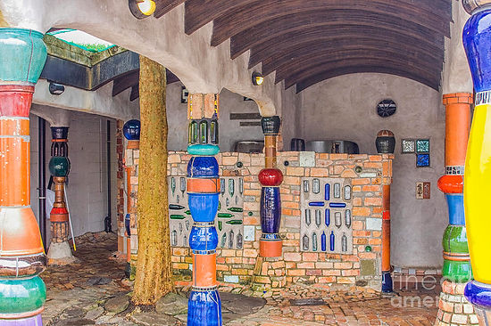 interior-of-toilet-by-hundertwasser-patr