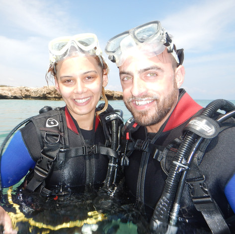 Happy couple after enjoying their first Discover Scuba Diving Experience
