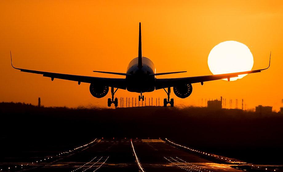 Airbus_Sunset_Landing.jpg