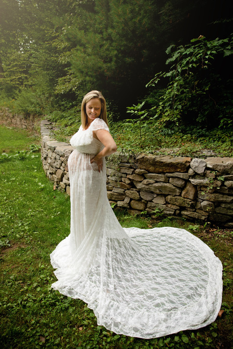 pregnant lady wearing white