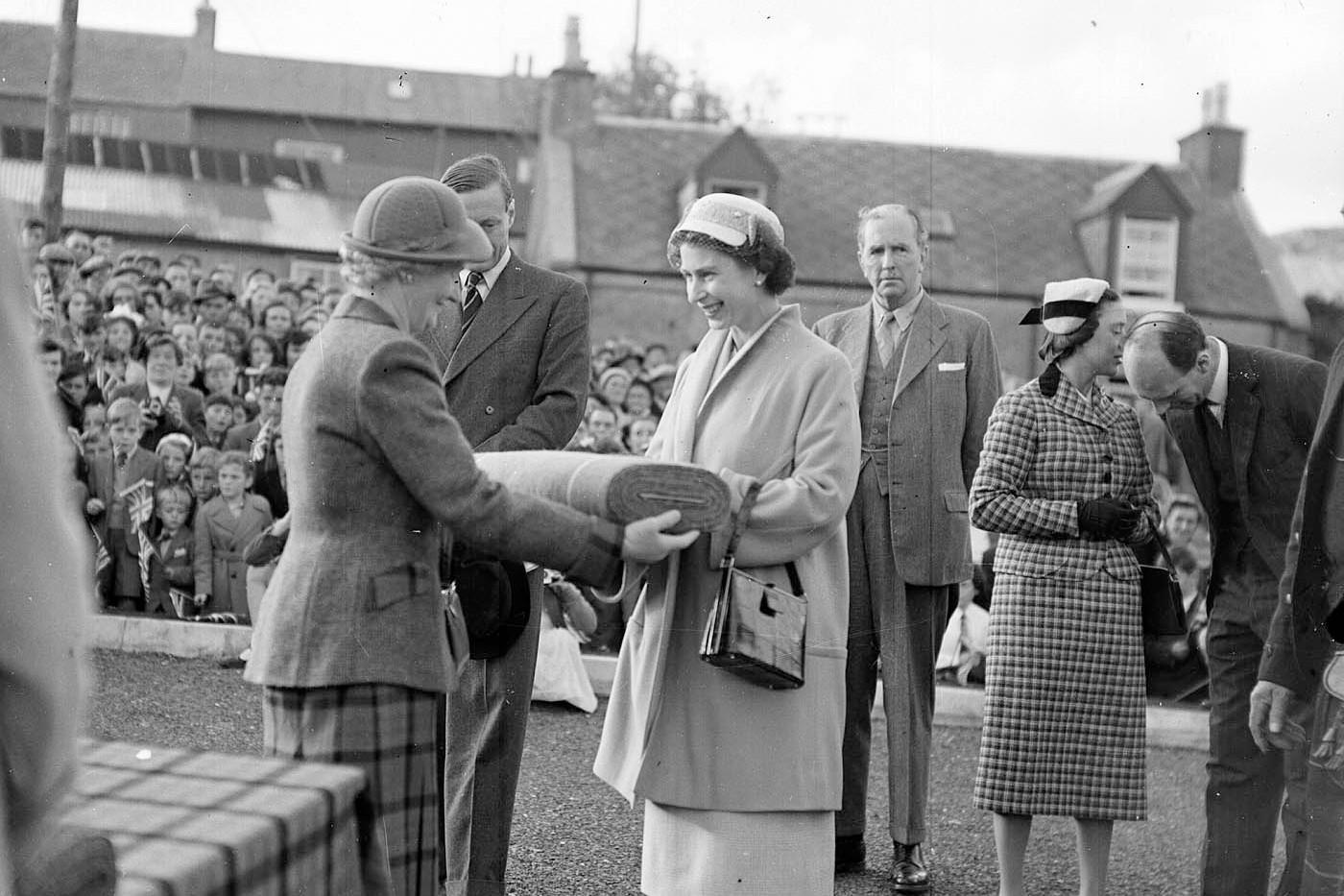 Queen Elizabeth at Tarbert