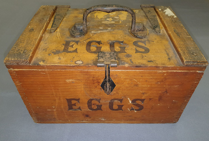 Wooden egg box