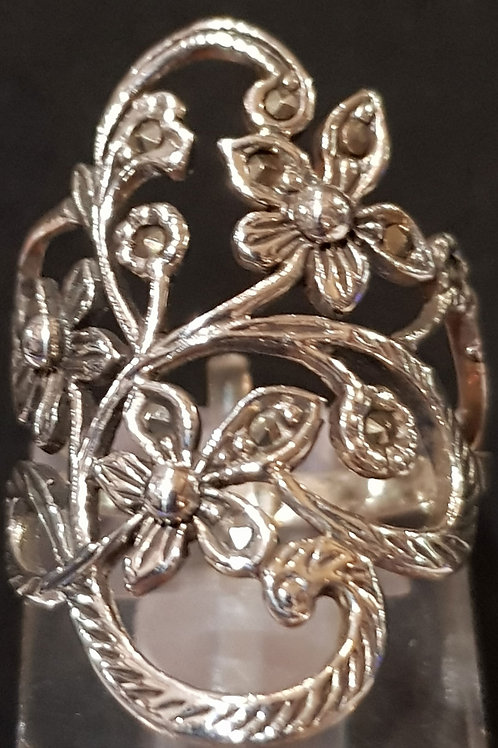 Large Floral Ring