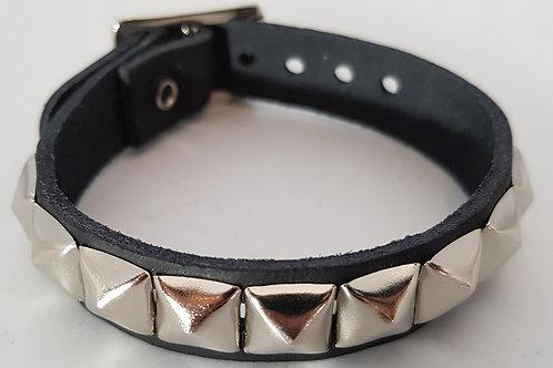 1 Row Small Pyramid Leather Wristband