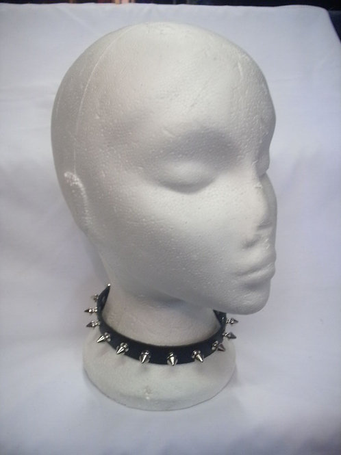 1 Row Spike Collar