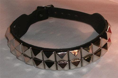 2 Row Pyramid Collar