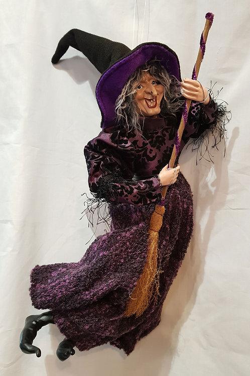Pendle Witch Edwina 50cm